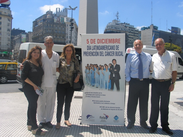 Dia Latinoamericano de la lucha contra el cancer bucal 2012 069 (1)